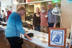 15-Silent-Auction-Table-Karin-Bill-Stasi-Floyd-Kimball